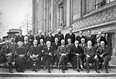 4th Solvay Conference on Physics,1922