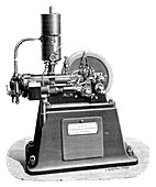 Gas and petrol engine,1897