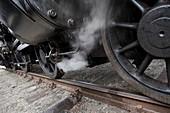 Steam locomotive valve