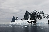 Lemaire Channel,Antarctic peninsula