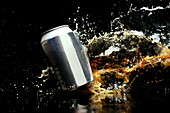 Exploding drinks can,high-speed image