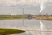 tailings pond Syncrude tar sands mine