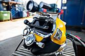 Commercial diving helmet
