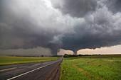 Twin tornados
