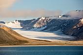 A glacier at Recherchefjorden
