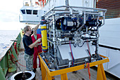 Preparing robotic underwater vehicle
