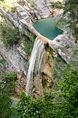 Taulanne waterfall