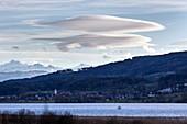 Lenticular altocumulus clouds