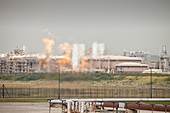 Flaring off gas at a gas processing plant