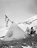 Mount Erebus ascent expedition,1912