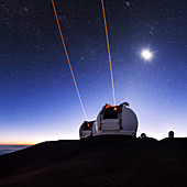 Guide lasers over Mauna Kea observatories