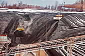 Coal-fired power station coal yard