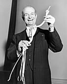 Linus Pauling,US chemist
