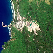 Indonesian port before 2004 tsunami