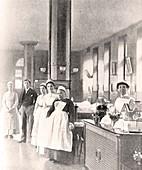 Nurses in a ward at St. Thomas' Hospital,1907