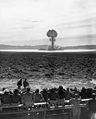 Operation Tumbler-Snapper atom bomb,1952