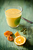 Orange-apricot-cardamom smoothie