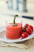 Tomato chilli fenugreek smoothie