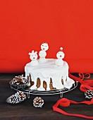 Schneemannkuchen auf Abkühlgitter
