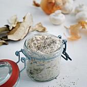 A jar of spicy mushroom pasta