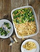 Cheese pasta with spring onions