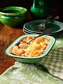Blumenkohl mit Käse überbacken in Auflaufform