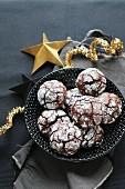 Glutenfreie Schneebälle (Haselnuss-Kakao-Kekse)