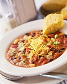 Vegetable chilli with cheese and cornbread
