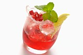 Pomegranate drink with mint and lemon