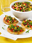 Crostini with green asparagus salsa