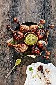 Barbecue Chicken Drums mit Dip