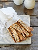 Crispbread bars with sunflower seeds and linseed