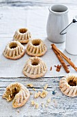 Cinnamon cake pralines