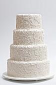 Elegante Hochzeitstorte in Weiss