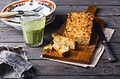 Spicy rice and chickpea cake with a green smoothie