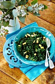 Kale with quince