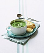 Spinach soup with rosemary