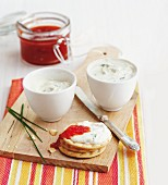 Cheese dips with chives and chilli chutney