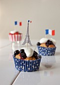 Cupcakes with strawberry and blueberry compote for the French national holiday