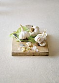 An arrangement of garlic