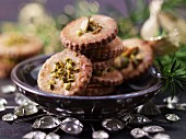 Spekulatius (German Christmas biscuits) with pistachio nuts