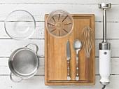 Kitchen utensils for making semolina pudding