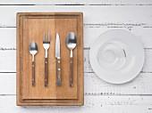 Kitchen utensils for making muesli