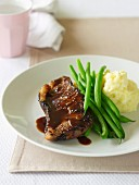 Classic Steak with Mash & Green Beans