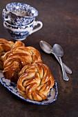 Cardamom yeast dough buns