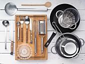Küchenutensilien für Gemüsezubereitung
