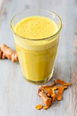 Golden-Milk-Smoothie