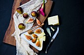 Fresh figs with honey and sheep's milk cheese