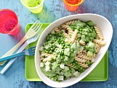 Pasta with peas and kohlrabi