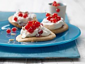 Sweet buckwheat biscuits with quark and redcurrants